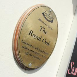 Royal Oak, Mersham